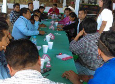 Proyecto Oaxaca se reúne con presidentes municipales de la región de la Cañada
