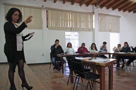"""Promueve DIF Oaxaca el lenguaje incluyente con el taller """"Lengua de Señas Mexicanas"""""""