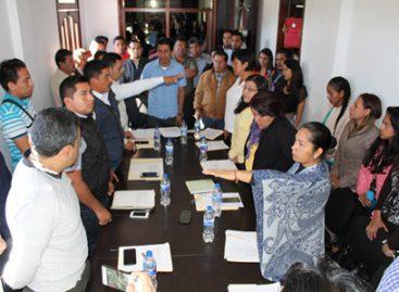 Rinden protesta síndicos y regidores de Santa Cruz Xoxocotlán, Oaxaca