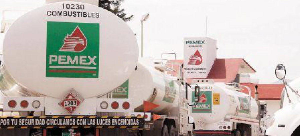 Exhorta Pemex a no bloquear terminales del país para cumplir el compromiso de abasto