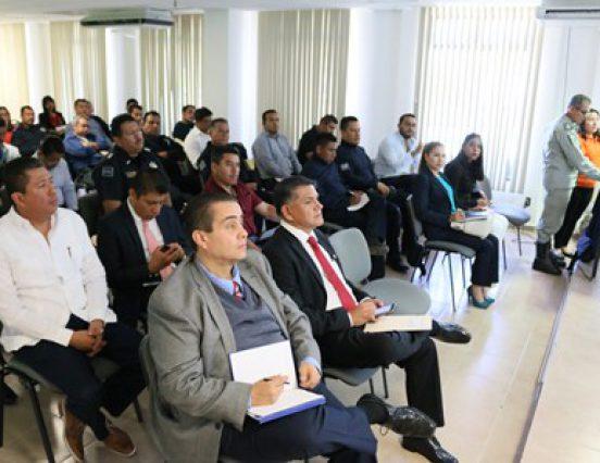 """Imparte PGR-Oaxaca taller de capacitación de """"Inspección física y documental de autotanques"""""""