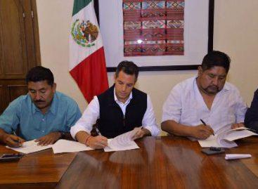 Atestigua gobernador de Oaxaca Acuerdo de Paz y de Respeto entre Mixtepec y Colotepec