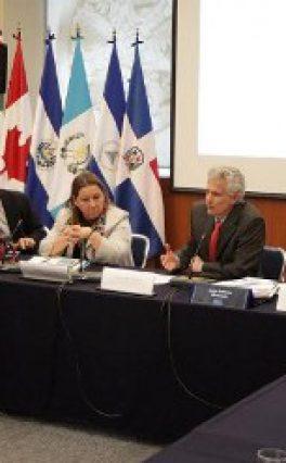 Analizan SRE, INDESOL y organizaciones civiles sobre reinserción de migrantes y sus familias