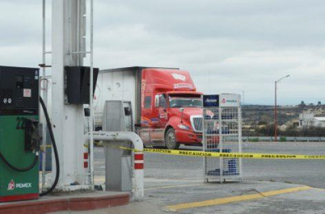 Suspenden actividades de siete gasolineras al detectarse irregularidades