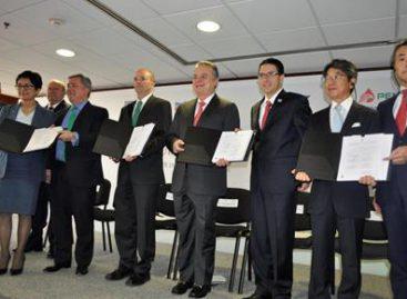 Suscriben PEMEX, Chevron e INPEX contrato para la exploración del bloque 3 Norte del área de Perdido