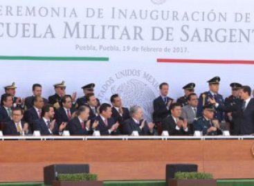 Celebran Día del Ejército en Puebla; Inauguran escuela y hospital militares