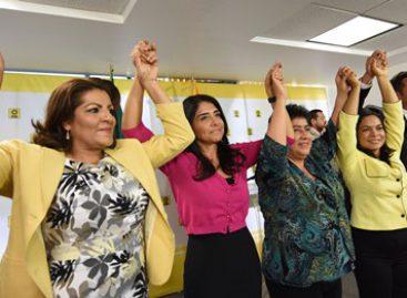 Presenta PRD a Mary Telma Guajardo como candidata al gobierno de Coahuila