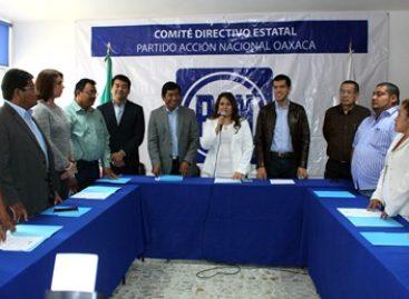 Toma protesta Natividad Díaz como presidenta del PAN-Oaxaca