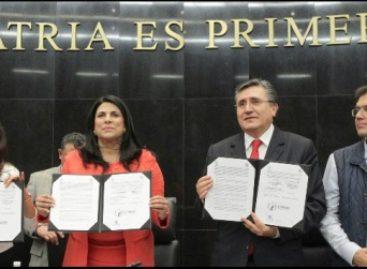 Firman Senado y CNDH convenio para proteger a los migrantes en retorno