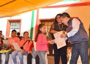 Invita gobierno CDMX a abuelitos