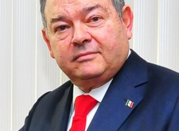 Proponen a Edgar Elías Azar como embajador en los Países Bajos