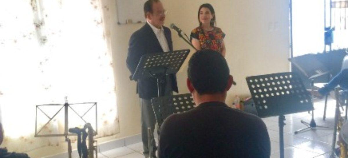 Presentan a Félix Méndez García como nuevo director de la Orquesta Primavera de Oaxaca