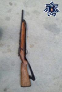 Aseguran arma larga sobre la carretera local Río Grande-Santa Catarina Juquila.