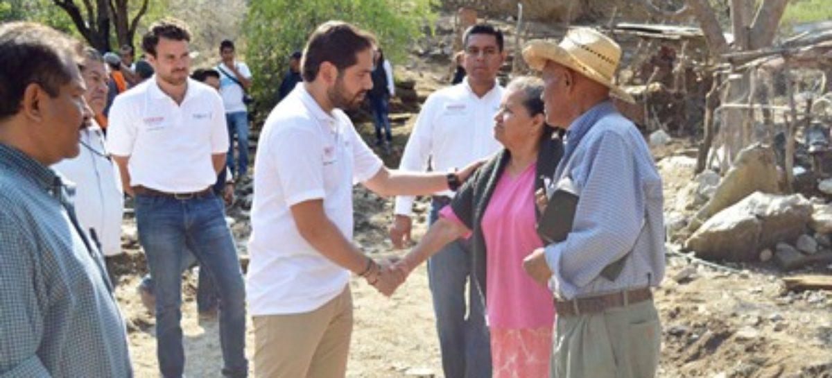 Apoya Programa de Unidades Móviles a familias damnificadas de Teotitlán de Flores Magón