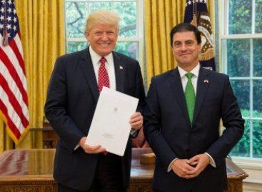 Presenta embajador Gerónimo Gutiérrez Cartas Credenciales al presidente Donald Trump