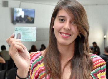 Amplían de tres a siete días estancia de extranjeros que utilizan Tarjeta de Visitante Regional