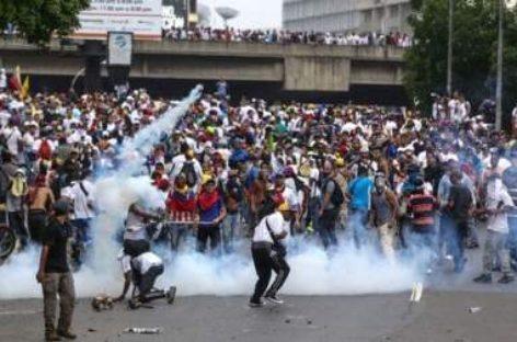 Condenan nueve países violencia en Venezuela; lamentan pérdida de vidas