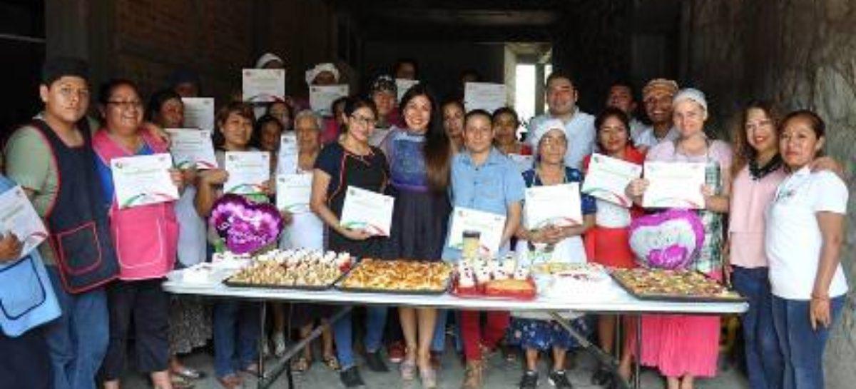 """Concluye DIF municipal de Santa Lucía del Camino """"Curso de Repostería Básica"""""""