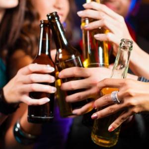 Por exceso de alcohol