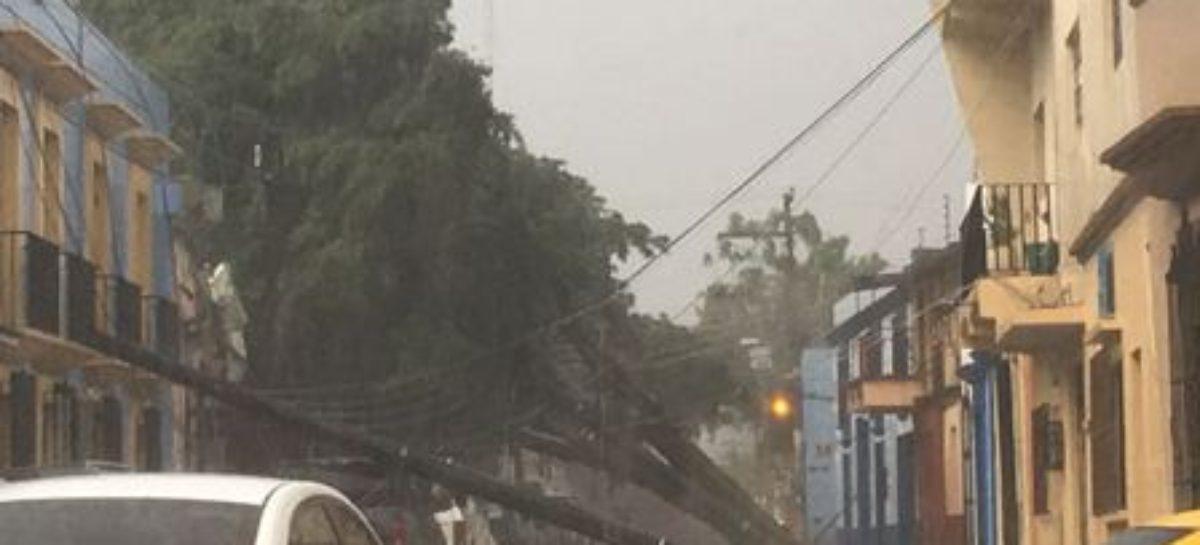 Por viento y lluvias fuertes en Oaxaca, activa SSPO Plan Estatal de Auxilio a la Población
