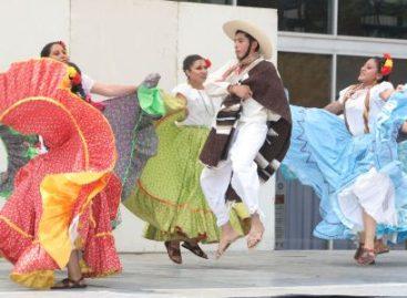 En milagro en Hidalgo, despliegan en la UAM colores, danzas típicas y huapangos