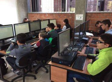 Busca OMI hacer de la informática una asignatura obligatoria desde primaria