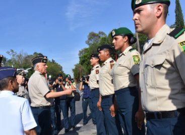 Entregan uniforme administrativo al personal de tropa del Ejército y Fuerza Aérea Mexicanos