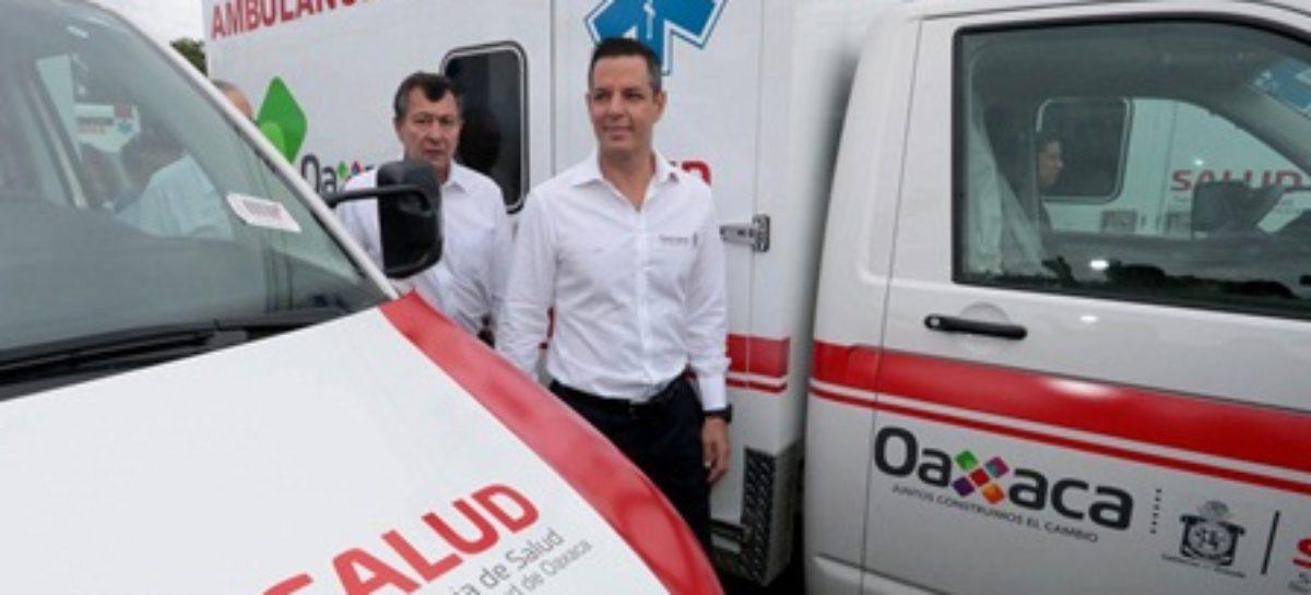 Entrega gobernador 50 ambulancias equipadas a 38 municipios; Invierten más de 56 mdp