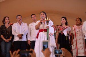 Rebeca Ortiz Santibáñez, originaria de San Melchor Betaza, electa Diosa Centeotl.