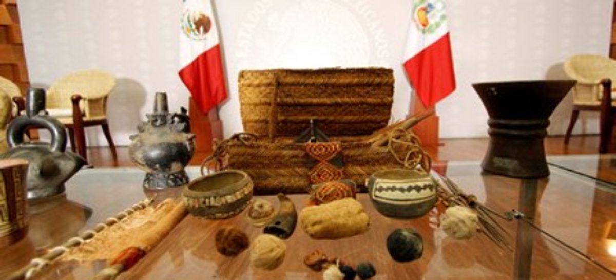 Restituye México 168 objetos precolombinos al Gobierno del Perú