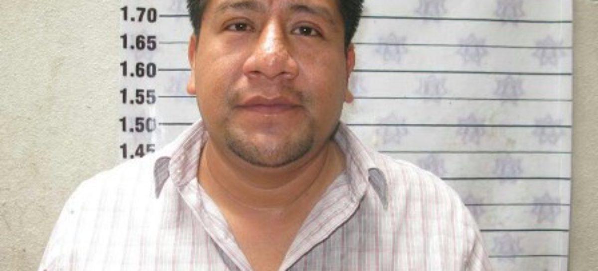 Tesorero de Alejandro López Jarquín, con antecedentes penales