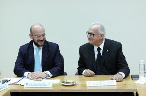 Firma IMSS convenio de colaboración con la Escuela Libre de Derecho