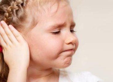Con cirugías y terapias de audición, el IMSS atiende problemas del oído en niños