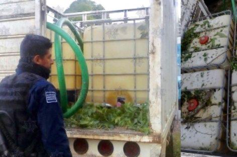 Localiza Policía Estatal camioneta abandonada con hidrocarburo