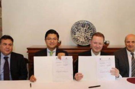 Firman PEMEX y la Universidad Panamericana convenio de colaboración