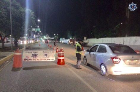 Retira Policía Vial a 19 conductores de la vía pública tras Alcoholímetro en Oaxaca y Tuxtepec
