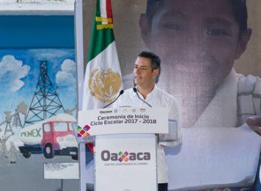 Encabeza gobernador de Oaxaca inicio del Ciclo Escolar 2017-2018