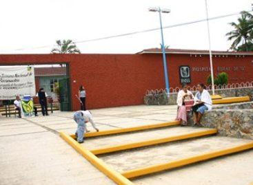 Joven mujer dio a luz antes de llegar al hospital del IMSS en Matías Romero, Oaxaca