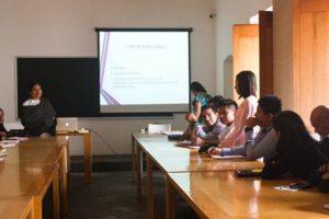 Durante la Colonia en México las lenguas indígenas eran habladas por el 70 y 60% de la población; ahora sólo la hablan el 6%.