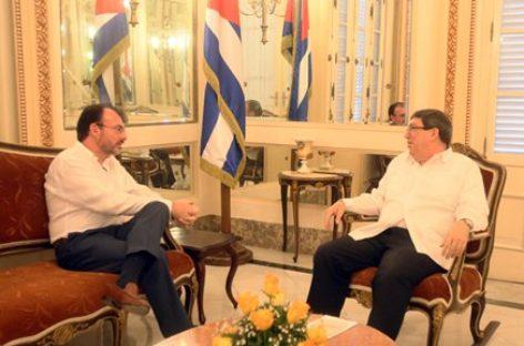 Analizan cancilleres de México y Cuba avances en materia de comercio, inversión y turismo