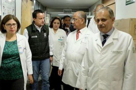 Supervisa director general del IMSS operación del Centro Médico Nacional La Raza, tras el sismo