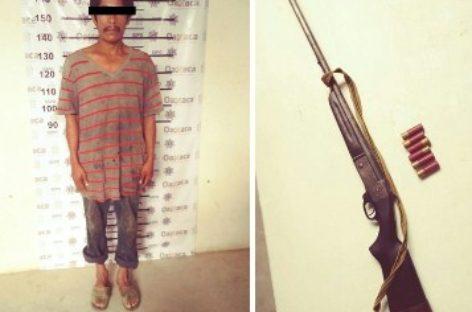 Dos detenidos por presuntos delitos contra la Ley Federal de Armas de Fuego
