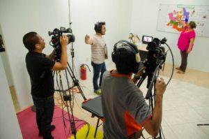 A través de una serie de programas televisivos se expondrán contenidos educativos audiovisuales.