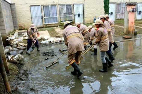 Continúan acciones para atender a las familias damnificadas por las lluvias