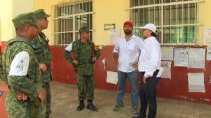 Los técnicos especialistas del Área de Protección Civil y Emergencia Escolar están debidamente acreditados.
