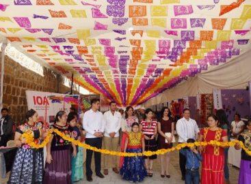 """Inicia Feria Artesanal del """"Día de Muertos"""" en el Andador Turístico de Oaxaca"""