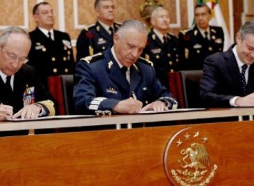 """Suscriben """"Firma de las Bases Generales para la Coordinación SEDENA-SEP-SEMAR"""""""