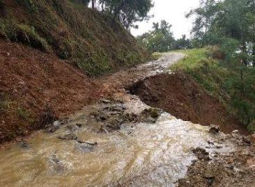 Solicitan ayuda para los damnificados por las lluvias en la Sierra Norte de Oaxaca