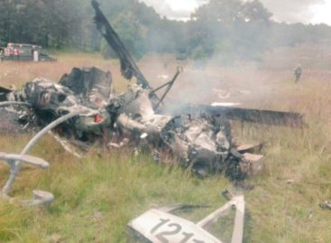 Deja accidente de aeronave militar siete muertos y un herido en el estado de Durango