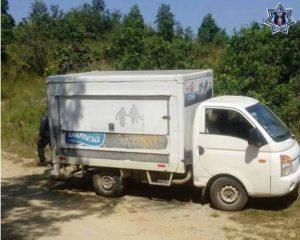 Camión de Gamesa, placas de circulación DB-21-503 de Chiapas y número económico 8190.